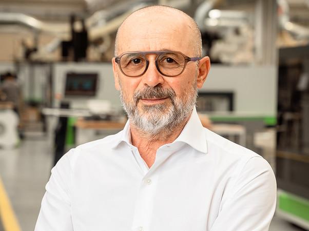 Roberto Selci, CEO der Biesse Group, sieht in der Internationalisierung seines Unternehmens einen Schlüssel für die erfolgreiche Entwicklung. 85 Prozent des Umsatzes der BiesseGroup werden im Ausland erwirtschaftet. Foto: © Biesse Group