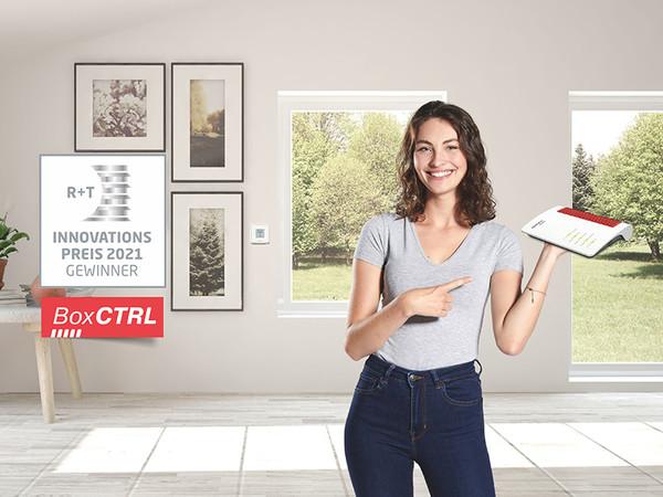 Höchstmaß an Flexibilität: Die BoxCTRL-Antriebe lassen sich z. B. per Wandsender oder auf mobilen Endgeräten über die kostenlose FRITZ!App steuern. Foto: © Becker-Antriebe