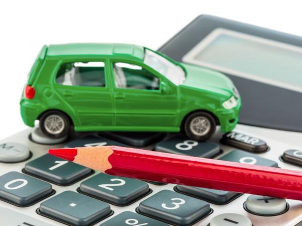 Firmenwagen sollten unbedingt vor der Anteilsveräußerung verkauft werden! Foto: © Gina Sanders/123RF.com
