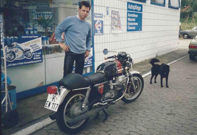 1982: Endlich stolzer Besitzer einer Moto Guzzi 750 S3. Foto: © Jürgen Ulbrich