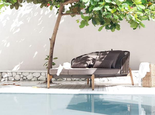 Das Lounge Daybed ist durch die komfortable Rückenverstellung der perfekte Ort für entspannte Aufenthalte. Foto: © Zebra