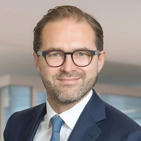 »Nicht benötigte Liquidität kann jederzeit in das Portfolio einfließen.« Janko Burkert, Vertriebsdirektor der SIGNAL IDUNA Asset Management Foto: © Christoph Tappé