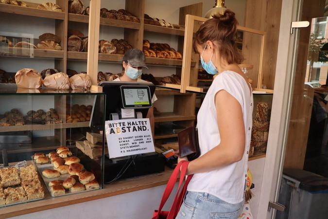 Bei der Bulle Bäckerei zahlen drei Viertel der Kunden mit Karte. In der neuen Filiale jetzt sogar alle.. Foto: © Kirsten Freund