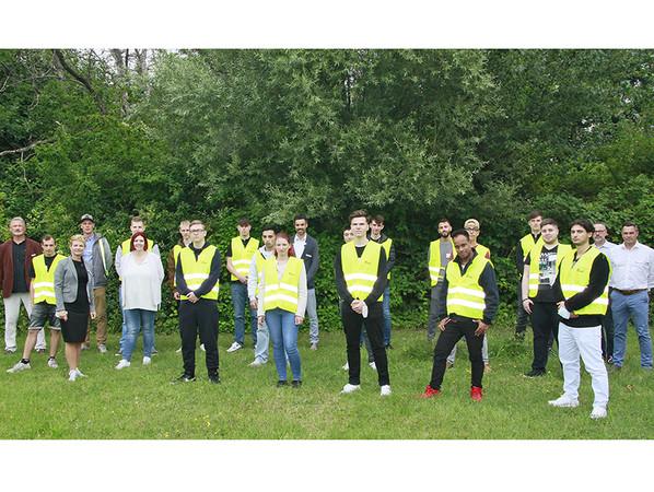 18 junge Frauen und Männer begannen am 1. September 2021 ihre Ausbildung bei profine in Berlin. Foto: © profine GmbH