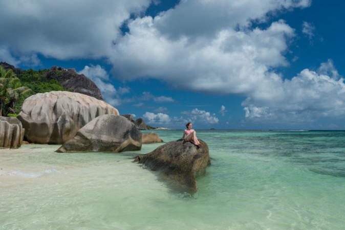 "Foto: © Chris Close/Seychelles Tourism Board"" for eg. Chris Close –STB"